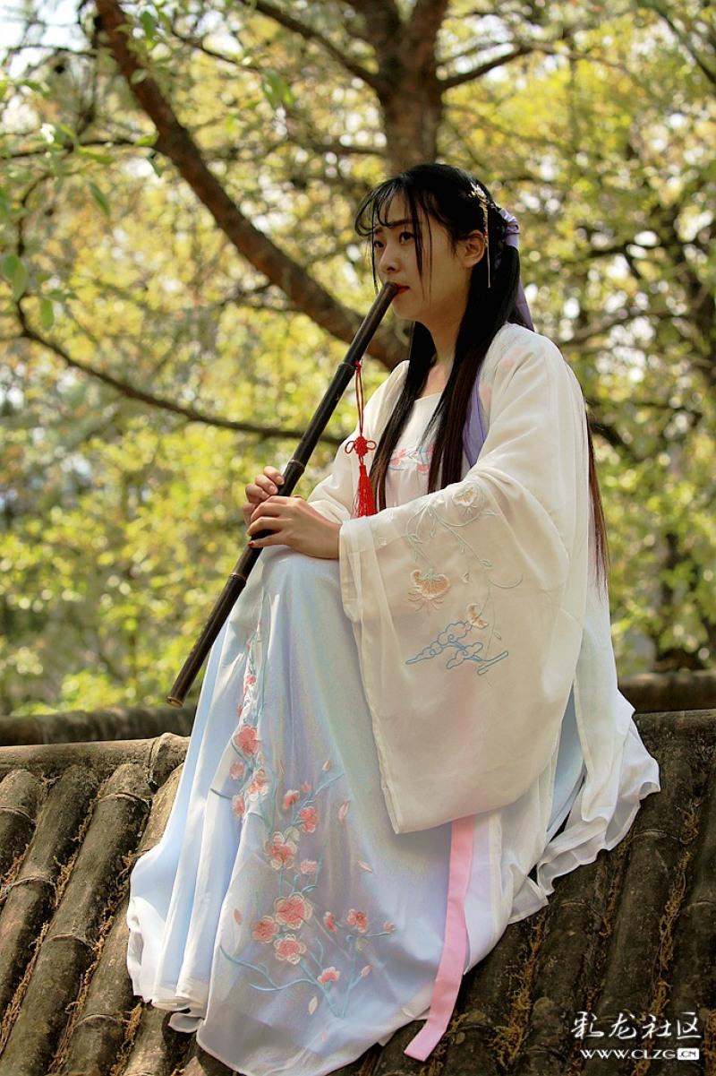 黑龙潭公园花朝节穿汉服的小姑娘博米二微的漫画家图片