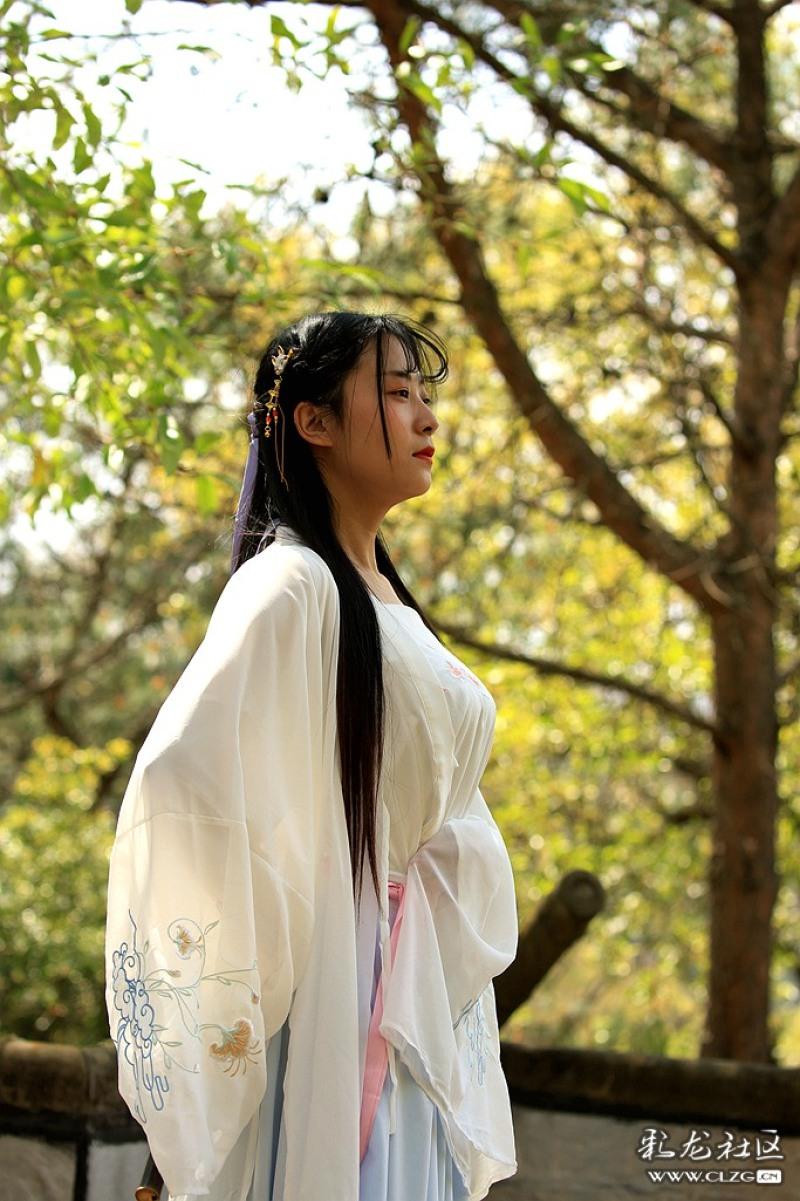 黑龙潭公园花朝节穿汉服的小姑娘漫画西游看图片