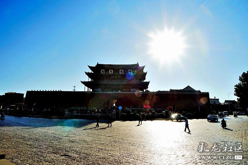 临安镇还是国家级重点风景名胜区建水的3大景区之一,即临安古城片区.